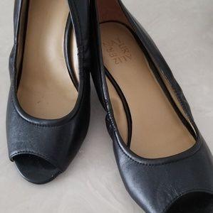 Black slip ins with slight heel